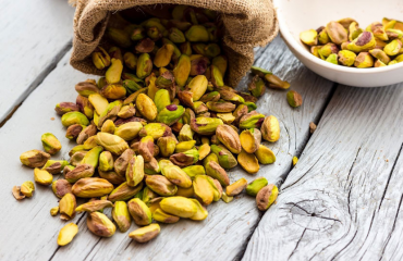 Pistachios of Aegina Island: Why are they considered superfoods?